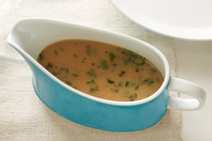Vegan Roasted Garlic Gravy