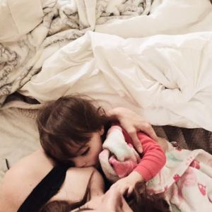 Breastfeeding and co–sleeping <3