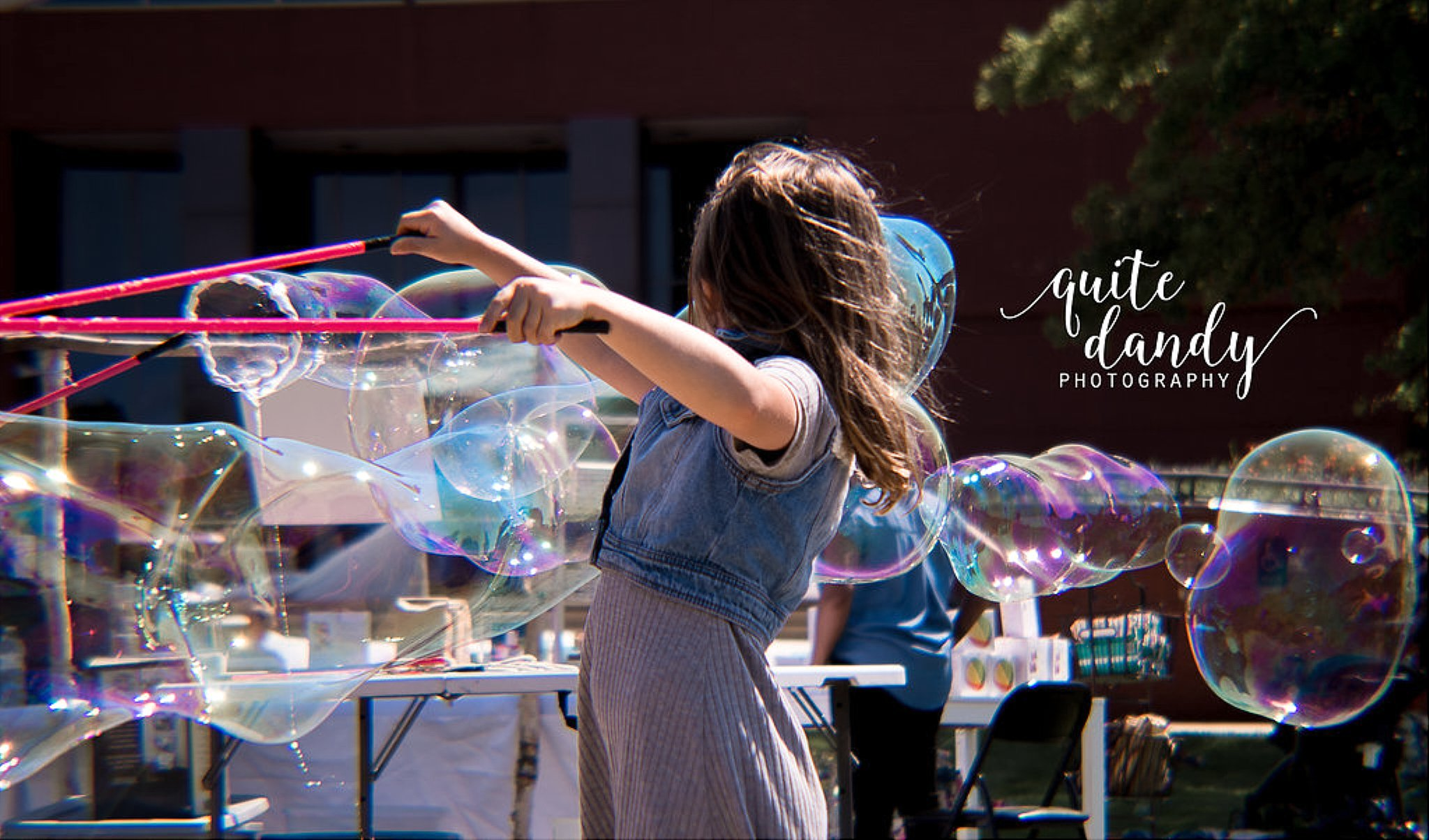 2017 Big Latch On, quite dandy photography, joyful bubbles