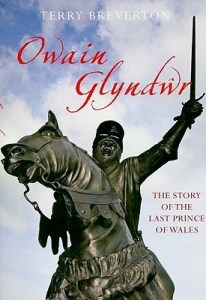 Cover of Owain Glyndŵr by Terry Breverton
