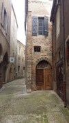 So many alleys in Cahors town.