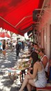 Lunch time in the art square