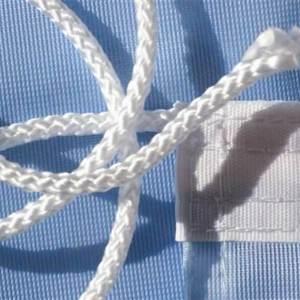 Flagg snor montert i kantbånd
