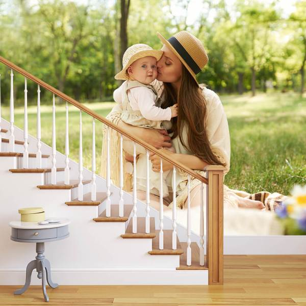 Fototapet til Trappegang - Motiv Mor med barn i en park