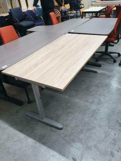 5x bureau 160x80 cm, Midden eiken blad, grijs onderstel. 149-