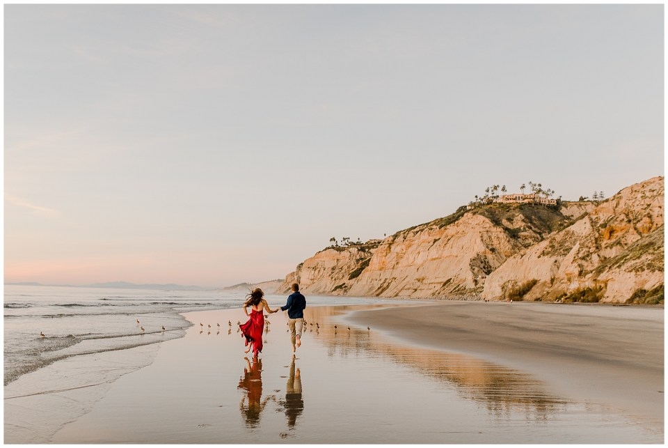 romantic couples photography on la jolla beach
