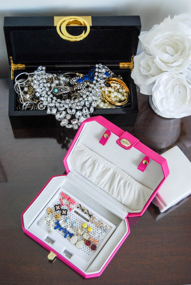 How I Organize My Jewelry | Breezing Through 10