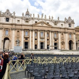 Important Tip When Visiting The Vatican