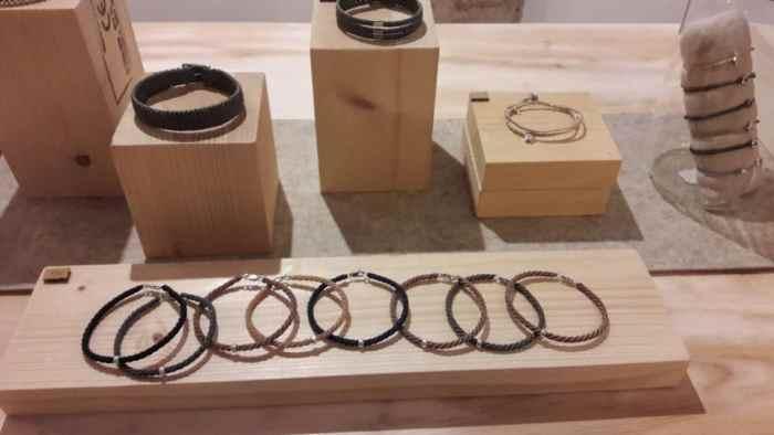 Armbänder von Makrama in Barcelona