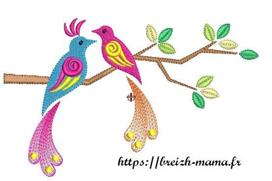 Motif broderie oiseau branche