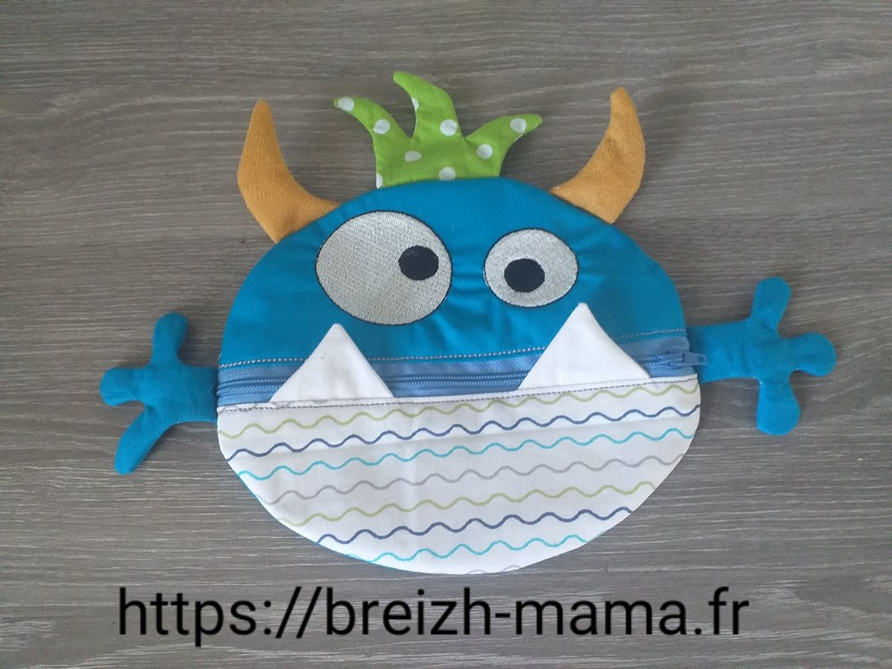 Motif broderie Trousse ITH monstre garcon