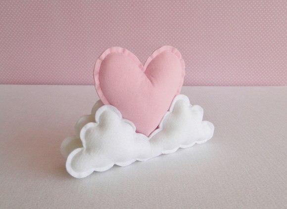 couture coussin nuage et coeur