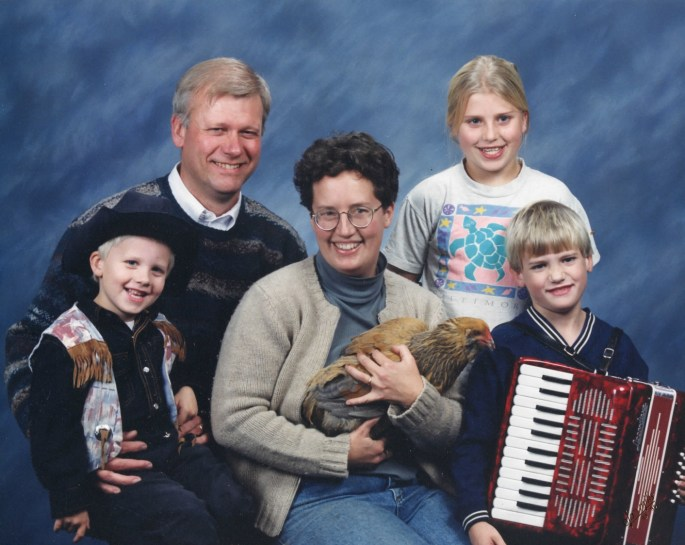 family with chicken accordian