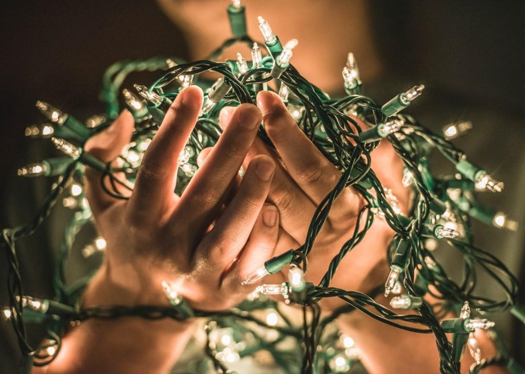 hands-full-of-lights