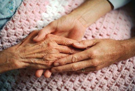elderly-hand-Cropped-466x315