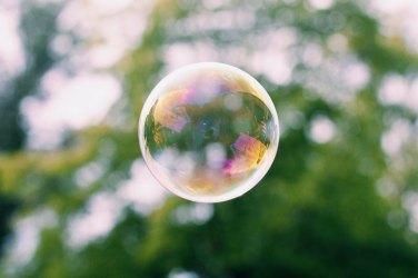 Toksično radno okruženje razvija se unutar mjehurića kada on zatvori svoje granice