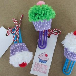 Cupcake Bookmark Craft & Free Printable Valentine Cards
