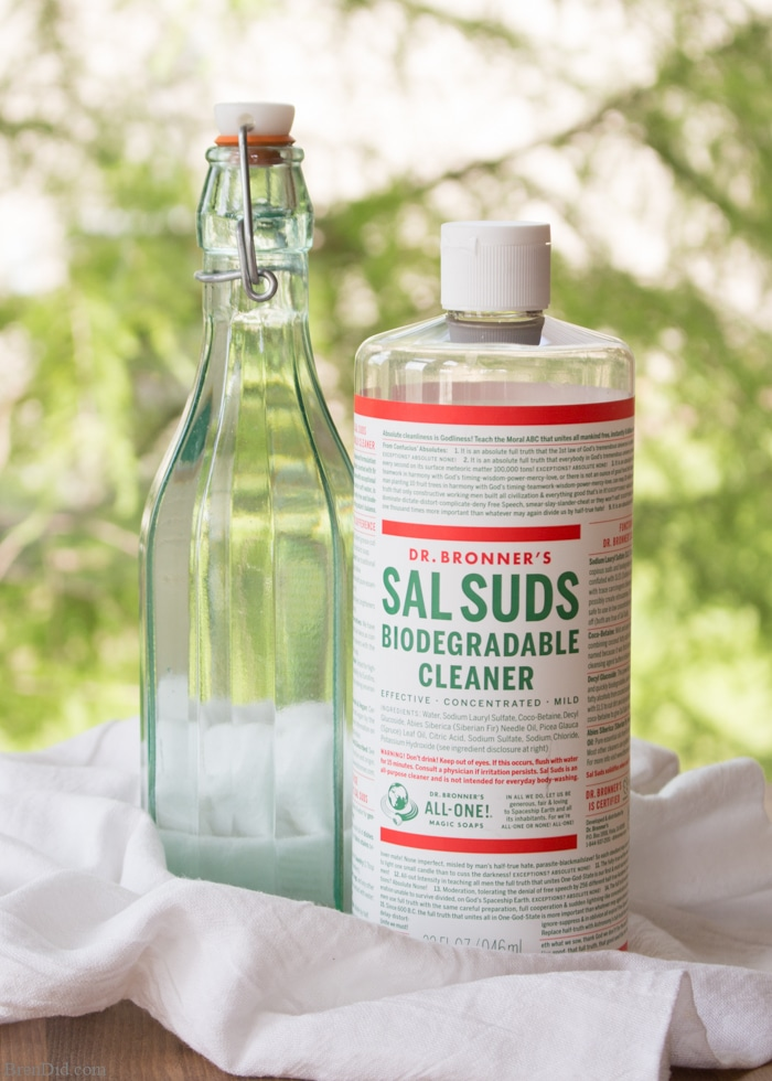 "Cleaning the bathroom is no fun. Non-Toxic No Scrub Shower Cleaner magically melts soap scum, tub rings, and shower buildup with only 2 natural ingredients. Use it to clean showers, tubs, sinks and toilets. It rates an ""A"" on the Environmental Working Group (EWG) scale, so you can feel good about using it in your home."