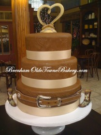 Western Belt Wedding cake
