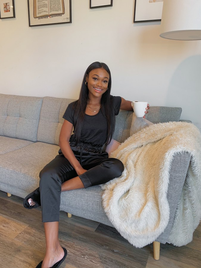 Staying Cozy + Chic with Express - Brenna Anastasia
