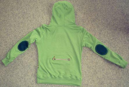 Rückseite grüner Pullover