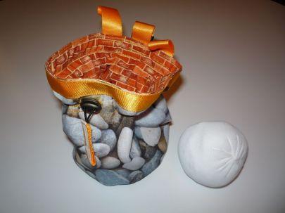 Brennender Schuh - Magnesium-Beutel Klettern genäht, zum Anklipsen u. Verschließen