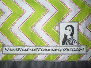 Brennender Schuh - Blog-Werbung bedruckter Stoff (Transferfolie)