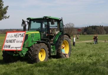 """Auch die """"Kleinen"""" kämpfen in Großkarolinenfeld schon für die Zukunft ihres Bauernhofes und gegen den Brenner-Nordzulauf. Quelle: Brennerdialog"""