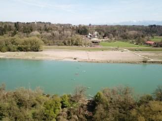 Die Bahnbrücke über den Inn gefährdet die Innauen als wichtiges Naturschutzgebiet und Naherholungs-gebiet von Rosenheim. Quelle: Hard Konopka