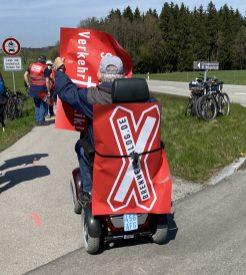 Auch das Alter hindert die Bürger von Riedering nicht am Protest gegen den Brenner-Nordzulauf. Quelle: Brennerdialog