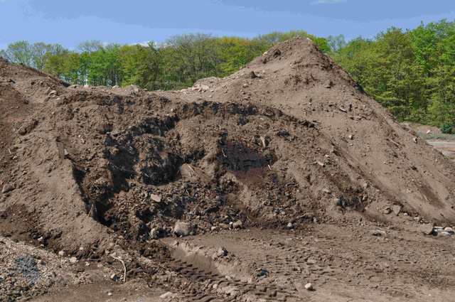 TU: Unscreened Topsoil for lawn and garden