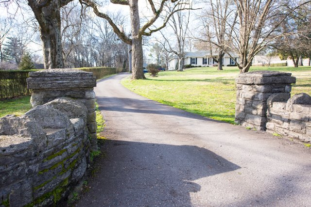 stone-entry-mwa
