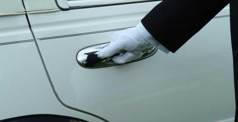 Luxury Chauffeured Corporate Transporation