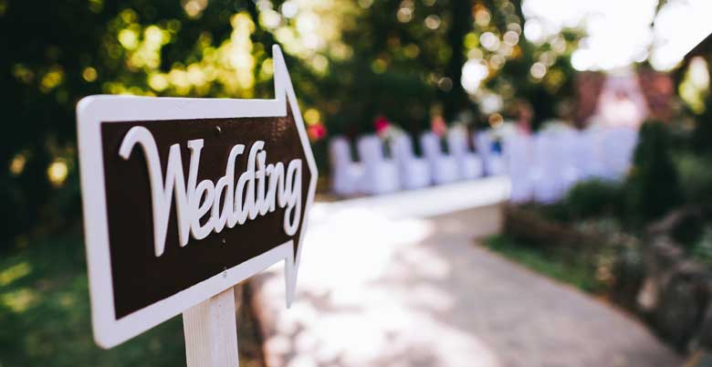 Read this...Before hiring a vendor for your wedding day!