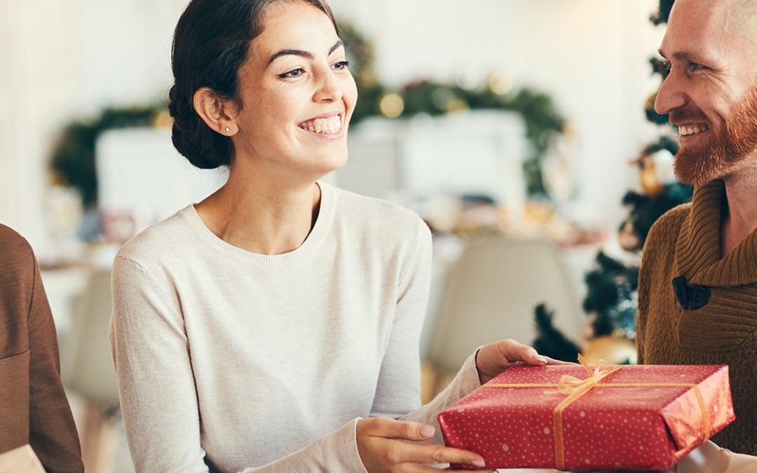 Two Business Benefits of Holiday Parties and Gifts