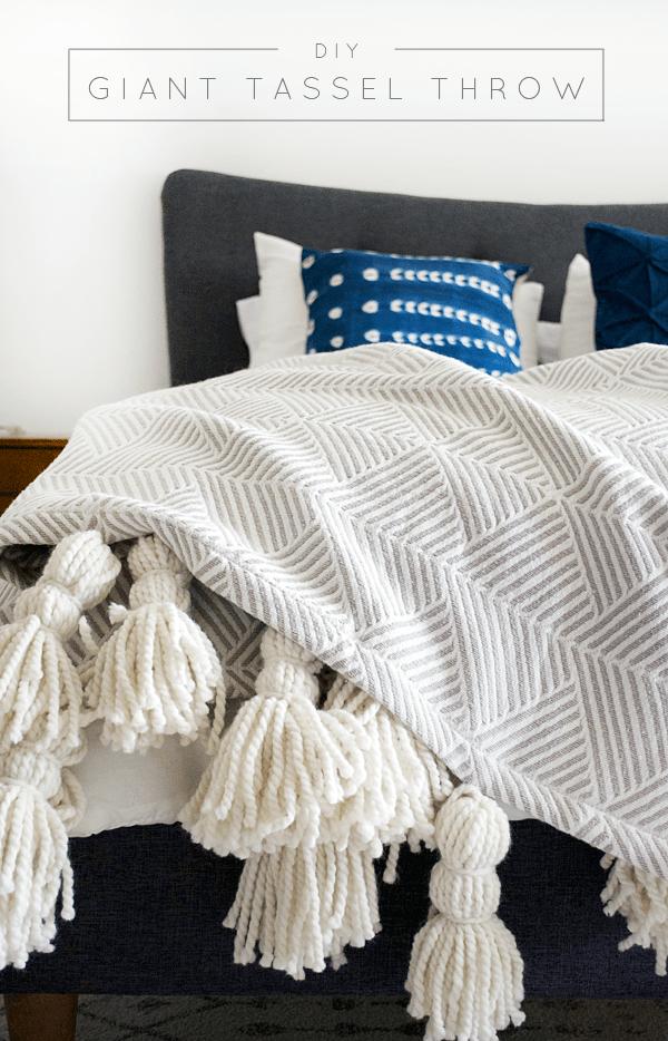 DIY Giant Tassel Throw Blanket   brepurposed