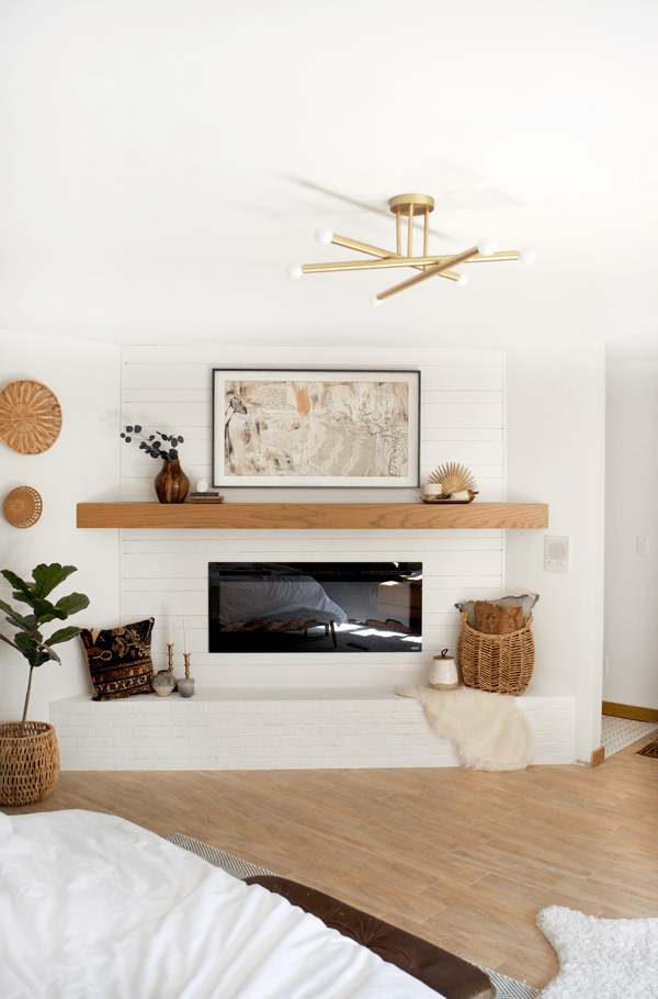 Stylishly Blending Your TV into Your Decor with Samsung's new The Frame TV