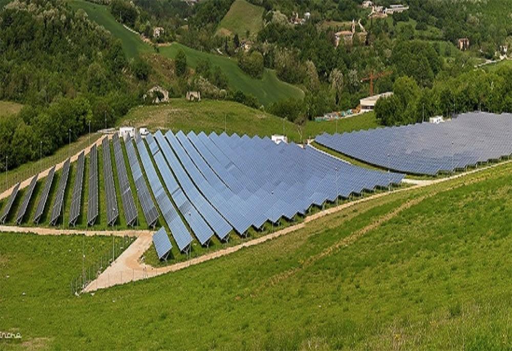 Un impianto fotovoltaico di Eva, in Valsabbia