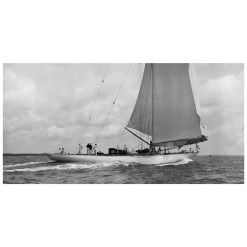 Unframed Black and White, Silver Gelatin, Limited edition Photograph of sailing yacht Velsheda sailing at sea. Taken by a famous marine photographer Frank Beken in 1936. This photograph was scanned from original glass plate negatives and developed in the dark room as they used to do it period. Available to purchase in deferent sizes from Brett Gallery. Beken of Cowes Framed Prints, Beken of Cowes archives, Beken of Cowes Prints, Beken Archive, Cowes Week old Photographs, Beken Prints, Frank beken of Cowes.