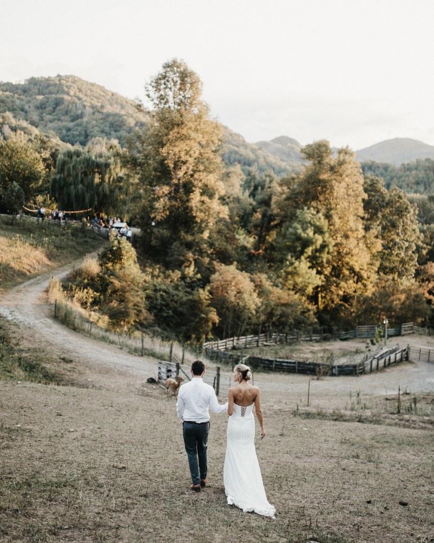 asheville airbnb wedding