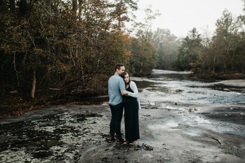 mountain outdoor maternity session