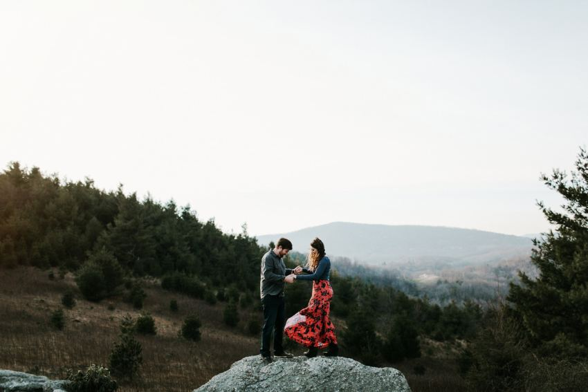 blue ridge parkway engagement photos