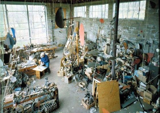 Calder:studio