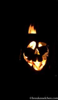 DIY-Halloweentonne (2)