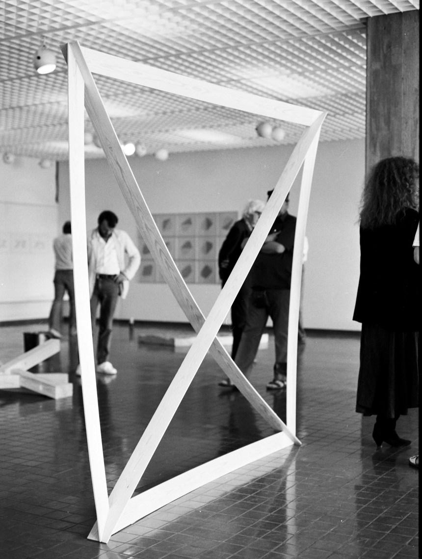 83040_Losange et diagonales du carré_Taidemuseo Kemi-2