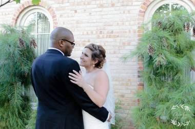 wedding-photo_brewery-becker-downtown-brighton-venue_outdoor