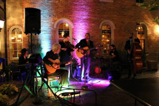 Eyes Unclouded_band_live music_Brewery Becker_Biergarten
