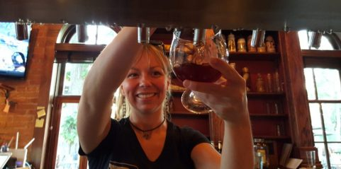 Rotes Rossa_wine-beer blend_Pouring draft_Brewery Becker