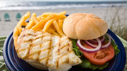 A fish sandwich.