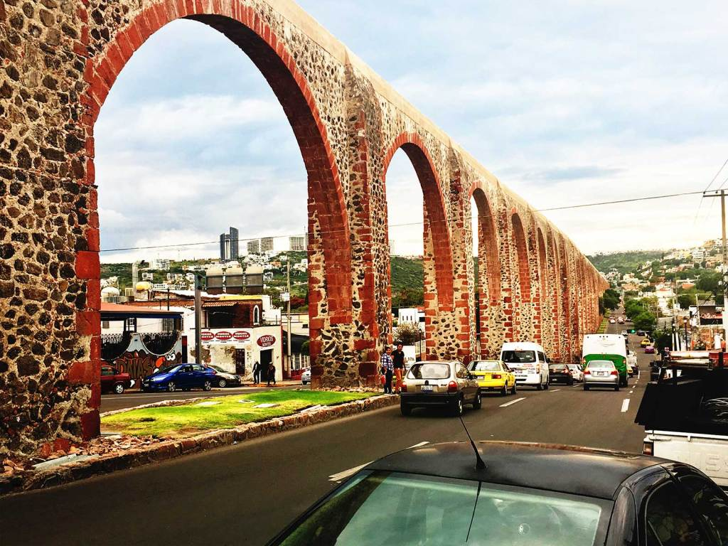 A picture of aquaducts in Queretaro, Mexico